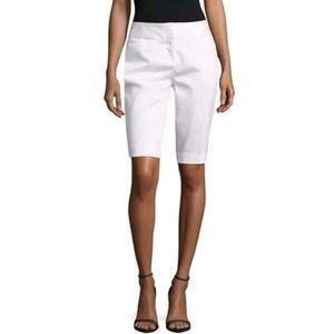 Worthington Modern Slim Fit White bermuda shorts